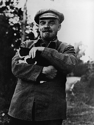 Владимир Ленин в Горках, начало сентября 1922 года Фото: Мария Ульянова / РИА Новости